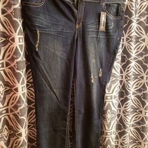 New Lane Bryant simply straight distessed jeans